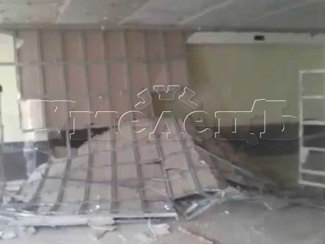 Разборка потолка ГКЛ 1 уровневый. Потолок изменить переделать поменять. Ремонт квартир в Москве и Подмосковье.