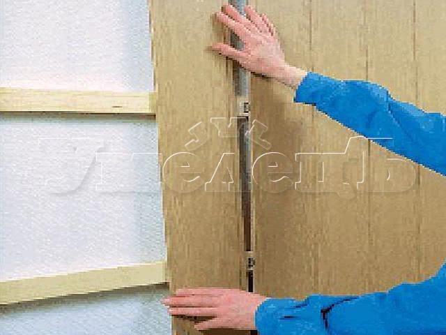Обшивка стен панелями ПВХ МДФ обрешетка. Стены отделка. Ремонт квартир в Москве и Подмосковье.