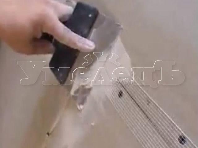 Заделка швов гипсокартона серпянкой унифлотом. Стены отделка. Ремонт квартир в Москве и Подмосковье.