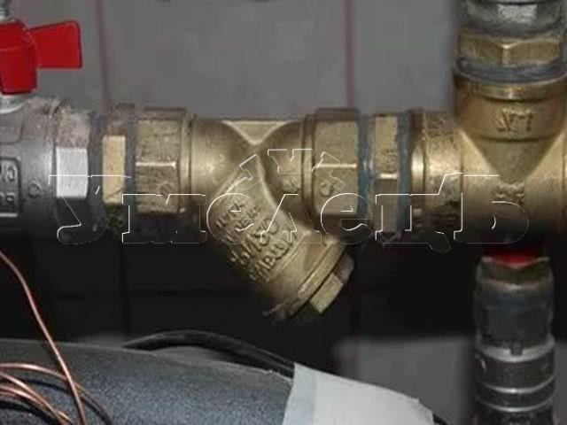 Монтаж фильтров грубой очистки воды. Сантехнические работы. Ремонт квартир в Москве и Подмосковье.