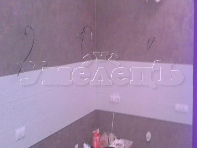 Облицовка кухонного фартука кафельной плиткой. Стены облицовка. Ремонт квартир в Москве и Подмосковье.