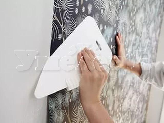 Оклейка стен бумажными флизелиновыми виниловыми обоями. Стены облицовка. Ремонт квартир в Москве и Подмосковье.